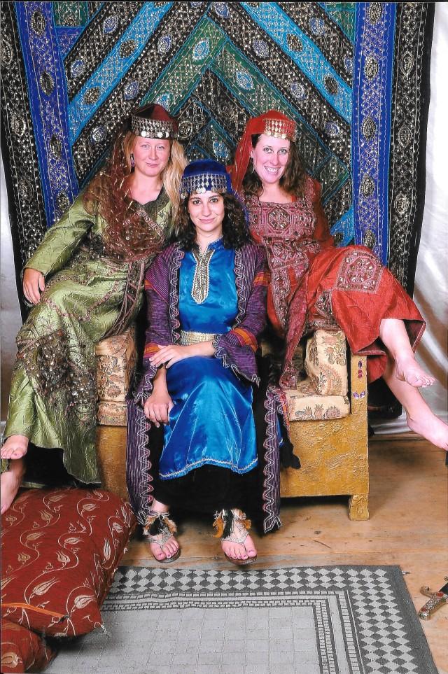 istanbul-turkish-ladies